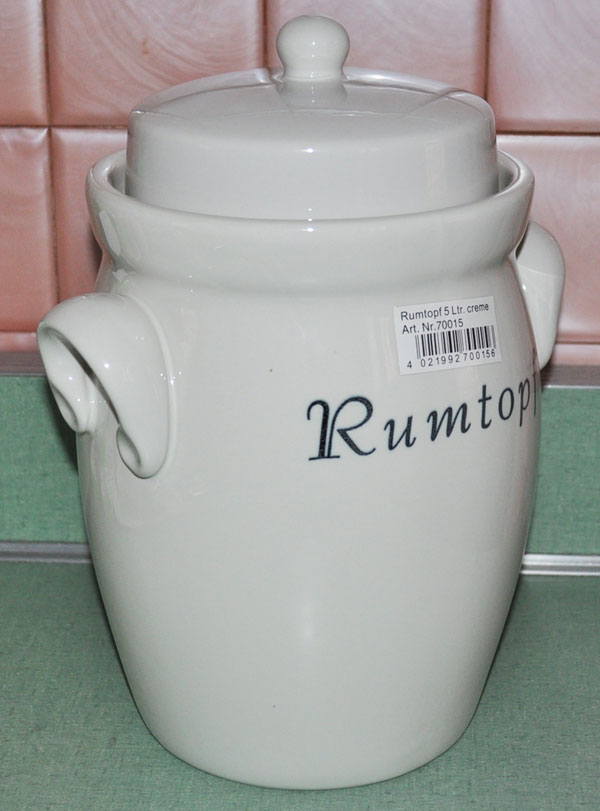 Rumtopf Pot With Creme Finish
